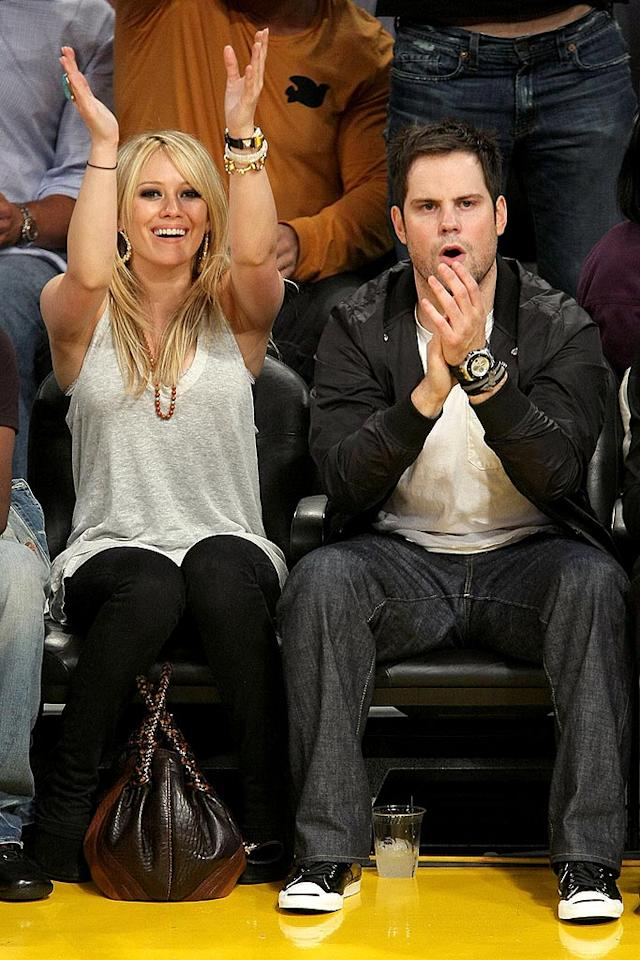 """Hilary Duff and her main squeeze Mike Comrie cheer for Kobe Bryant and his boys as the Lakers take the lead. Noel Vasquez/<a href=""""http://www.gettyimages.com/"""" target=""""new"""">GettyImages.com</a> - June 10, 2008"""