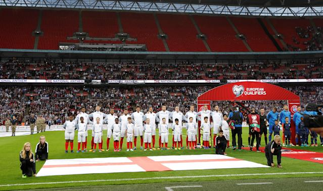 <p>Soccer Football – 2018 World Cup Qualifications – Europe – England vs Slovakia – London, Britain – September 4, 2017 England line up before the match REUTERS/Darren Staples </p>