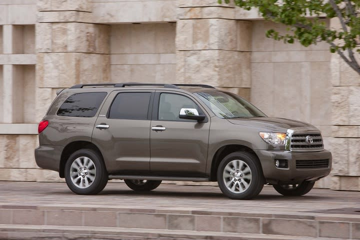2016 Toyota Sequoia photo