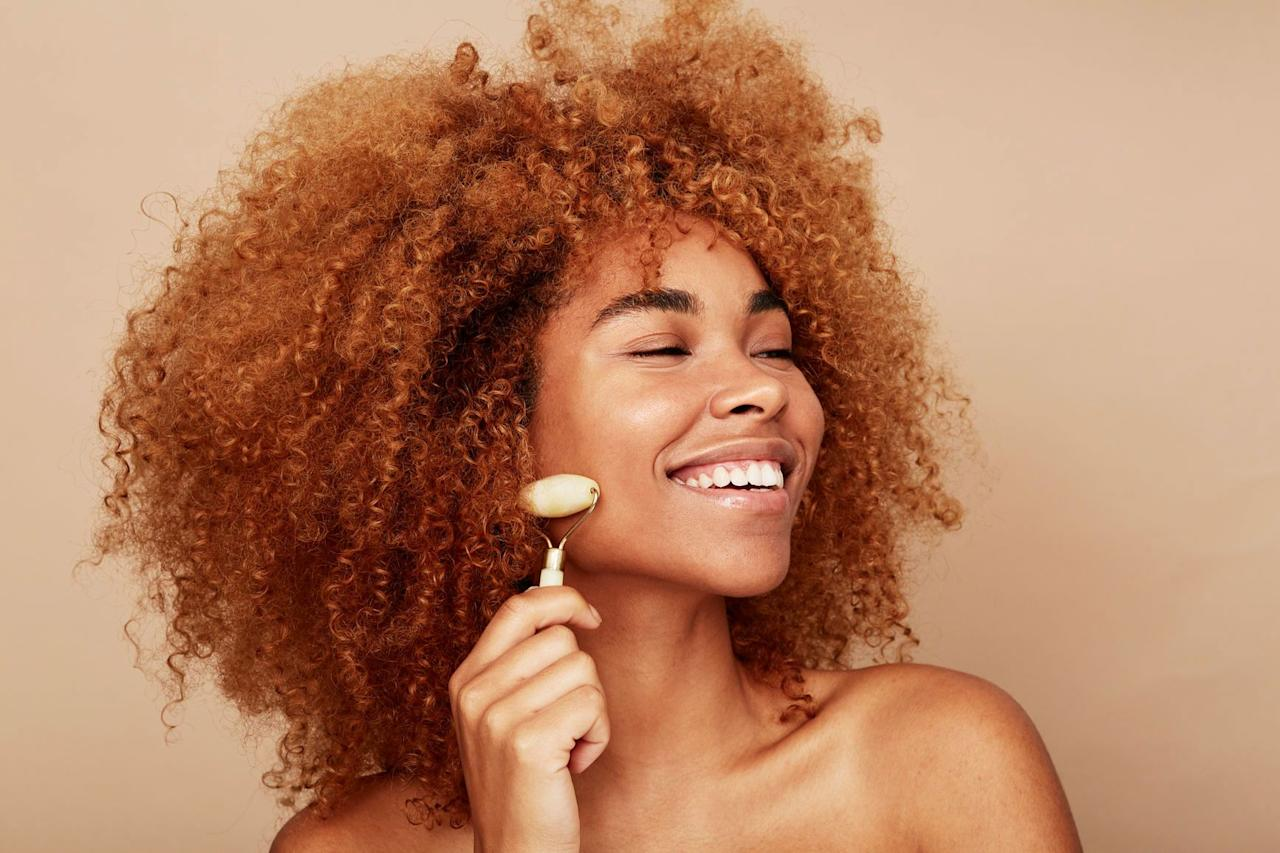 """<p>First, the bad news: <a href=""""https://www.cosmopolitan.com/style-beauty/beauty/a27423018/jade-roller-body-butt-review/"""" target=""""_blank"""">Jade rollers</a> aren't actually the cure-all answer to your skin woes like the internet says they are. All that stuff you've read about them being able to smooth <a href=""""https://www.cosmopolitan.com/style-beauty/beauty/g13812654/best-anti-wrinkle-cream/"""" target=""""_blank"""">wrinkles</a>, clear up acne, and brighten dark spots? Yeah, that's fake news. But wait! It's not all negative. </p><p>Using a jade roller on your skin is relaxing AF (trust me on this—I use one all the time to unwind), which can actually help you stick with your skincare routine, since it feels really good. Plus,<strong> some dermatologists say jade-rolling can help temporarily reduce puffiness and swelling in your face</strong>. So  grab one of these 10 best jade rollers to level up your self-care game and chill TF out.</p>"""
