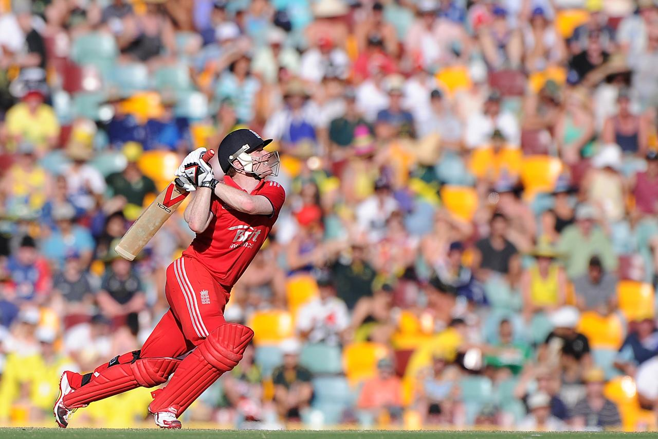 BRISBANE, AUSTRALIA - JANUARY 17:  Eoin Morgan of England bats during the second game of the One Day International Series between Australia and England at The Gabba on January 17, 2014 in Brisbane, Australia.  (Photo by Matt Roberts/Getty Images)