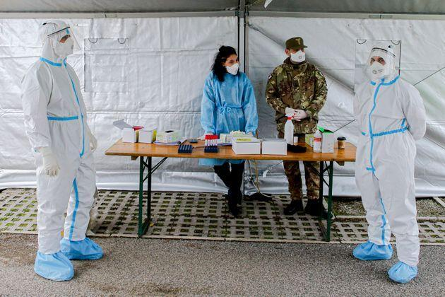 MONTERUSCIELLO, POZZUOLI, CAMPANIA, ITALY - 2020/11/17: Doctors are waiting for patients during the Operation