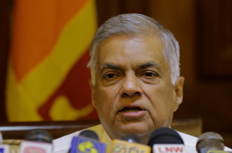 Sri Lanka President Sirisena to appoint new PM by Monday