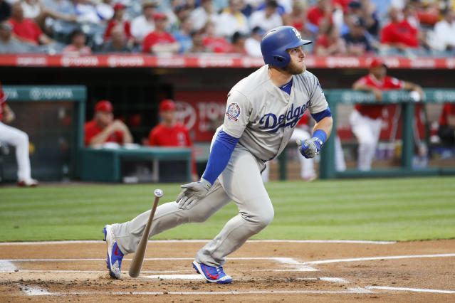 "<a class=""link rapid-noclick-resp"" href=""/mlb/players/9606/"" data-ylk=""slk:Max Muncy"">Max Muncy</a> is a breakout hitter for the <a class=""link rapid-noclick-resp"" href=""/mlb/teams/lad"" data-ylk=""slk:Los Angeles Dodgers"">Los Angeles Dodgers</a> this season and sits right in the middle of the team's rebirth in the NL West. (AP Photo/Jae C. Hong)"