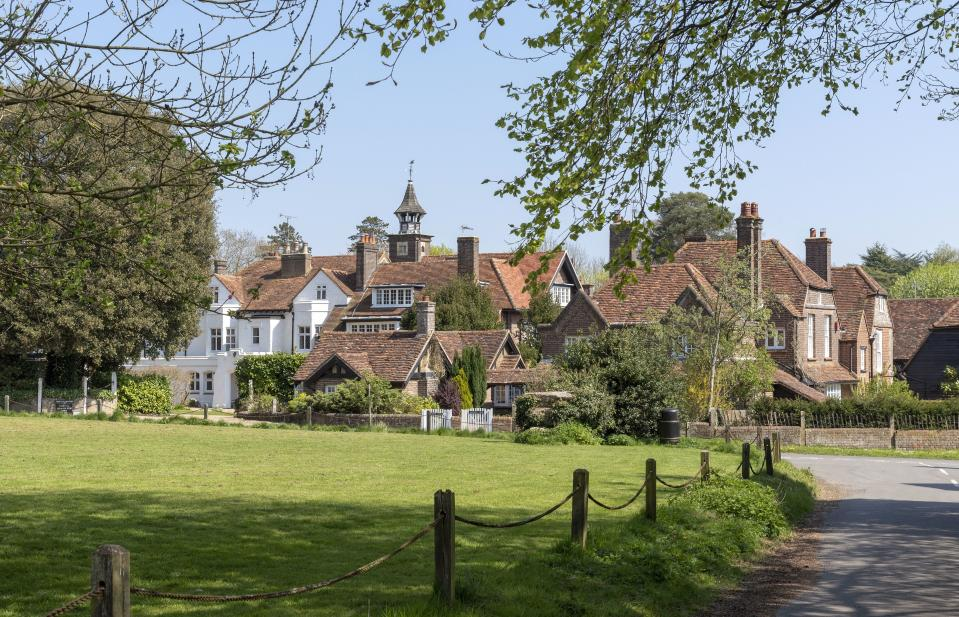 The Lee near Great Missenden, Buckinghamshire, England, UK, A hamlet with The Lee Manor and lodges in The Chilterns area of Bucks. (Photo by: Peter Titmuss/Education Images/Universal Images Group via Getty Images)