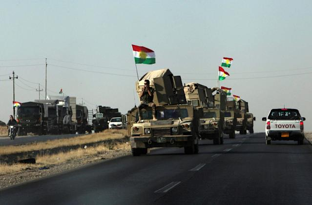 <p>Vehicles of Kurdish Peshmarga Forces are seen near Altun Kupri between Kirkuk and Erbil, Iraq, Oct. 20, 2017. (Photo: Azad Lashkari/Reuters) </p>
