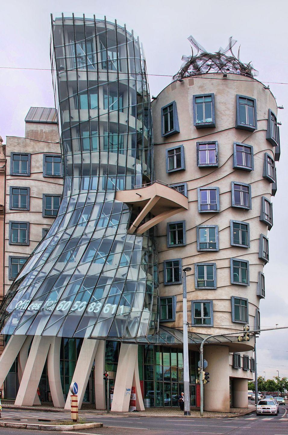 <p>This unique-looking building, which is located on one of the Vltava River's side, is certainly a sight to behold. Built in 1996 by architects Vlado Milunić and Frank Gehry, the building gets its name as it resembles the famous figures of dancers Ginger Rogers and Fred Astaire. </p>