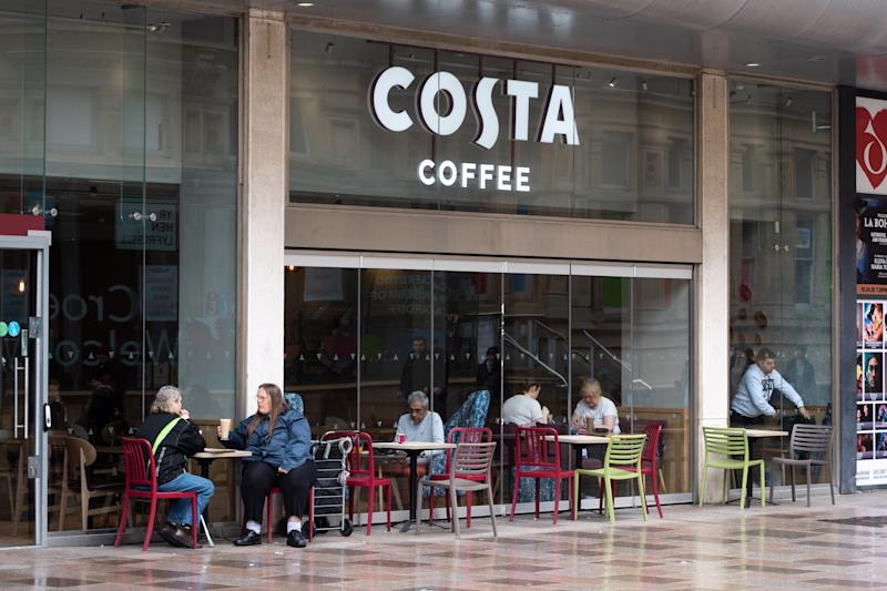 This Costa hack will help you save money on your daily flat white. (Getty Images)