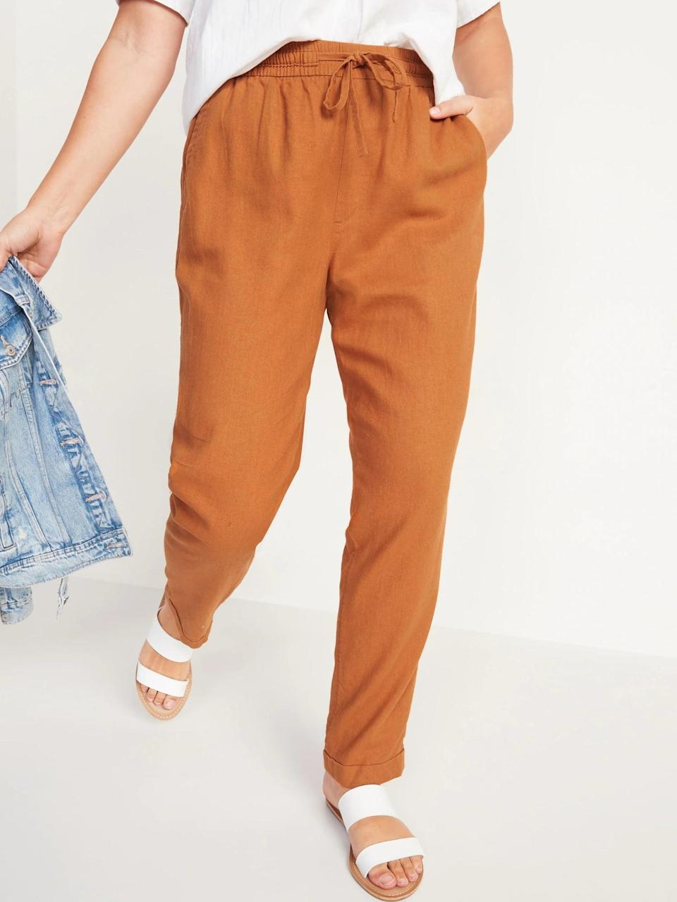 <p>With a button-down shirt up top, the burnt-orange <span>Old Navy High-Waisted Linen-Blend Straight Cropped Pants</span> ($30, originally $35) result in a polished look (but they'd also look great with a tee and slip-on shoes).</p>