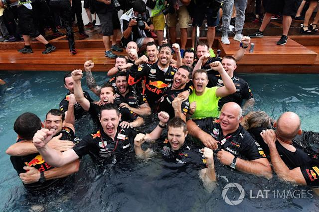 """Race winner Daniel Ricciardo, Red Bull Racing celebrates with the team in the Red Bull Energy Station swimming pool <span class=""""copyright"""">Motorsport.com</span>"""