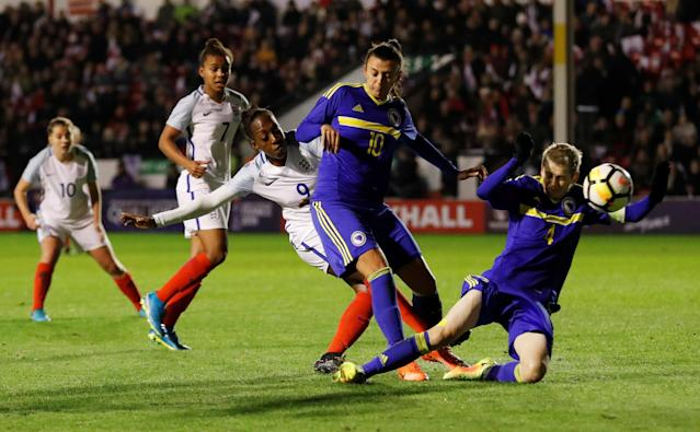 Soccer Football - Women's World Cup Qualifier - England vs Bosnia & Herzegovina - The Banks's Stadium, Walsall, Britain - November 24, 2017 England's Danielle Carter in action with Alisa Spahic and Amira Spahic Action Images via Reuters/Andrew Boyers
