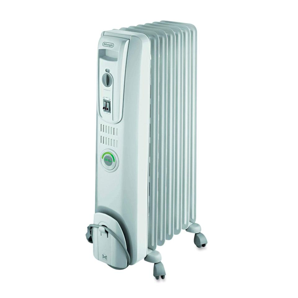 "<h2>DeLONGHI ComforTemp Oil-Filled Radiator</h2><br>This product features engineered thermal slots to maximize heat flow as well as maintain a low service temperature. Aka it says warm <em>all day</em>. It features three heat settings for optimal, energy-efficient warmth. <br><br><strong>The Hype:</strong> 4.2 out of 5 stars and 90 reviews on <a href=""https://www.walmart.com/ip/DeLONGHI-ComforTemp-Oil-Filled-Radiator-Off-White-13-4-5-x-9-1-10-x-25-1-5/10779739"" rel=""nofollow noopener"" target=""_blank"" data-ylk=""slk:Walmart"" class=""link rapid-noclick-resp"">Walmart</a><br><br><strong>Warm People Say: </strong>""I love this heater because it's silent and keeps my small bedroom very warm. I hated the loud sound and cycling on and off of the coil heater I have in another room. No sleep interruptions with this heater. And my bedroom is kept very toasty. Love it."" - <em>Bitsy, Walmart reviewer</em> <br><br><strong>DeLonghi</strong> DeLONGHI ComforTemp Oil-Filled Radiator, $, available at <a href=""https://go.skimresources.com/?id=30283X879131&url=https%3A%2F%2Fwww.walmart.com%2Fip%2FDeLONGHI-ComforTemp-Oil-Filled-Radiator-Off-White-13-4-5-x-9-1-10-x-25-1-5%2F10779739"" rel=""nofollow noopener"" target=""_blank"" data-ylk=""slk:Walmart"" class=""link rapid-noclick-resp"">Walmart</a>"