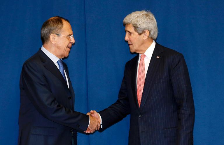 Russia's Foreign Minister Sergei Lavrov (L) and US Secretary of State John Kerry meet to discuss the Ukraine crisis in Rome on March 6, 2014