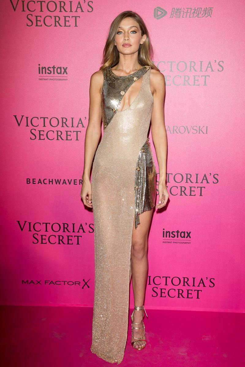 Bella Hadid Blue Dress >> Kendall Jenner, Gigi Hadid, Adriana Lima & More: See All the Hot Looks From the Victoria's ...