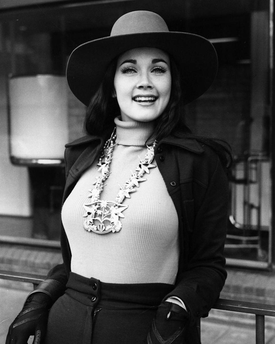 <p>In 1972, Lynda won the Miss World USA contest, eventually going on to represent America in the Miss World pageant. While she didn't win the big title, her accomplishments gave her national attention.</p>