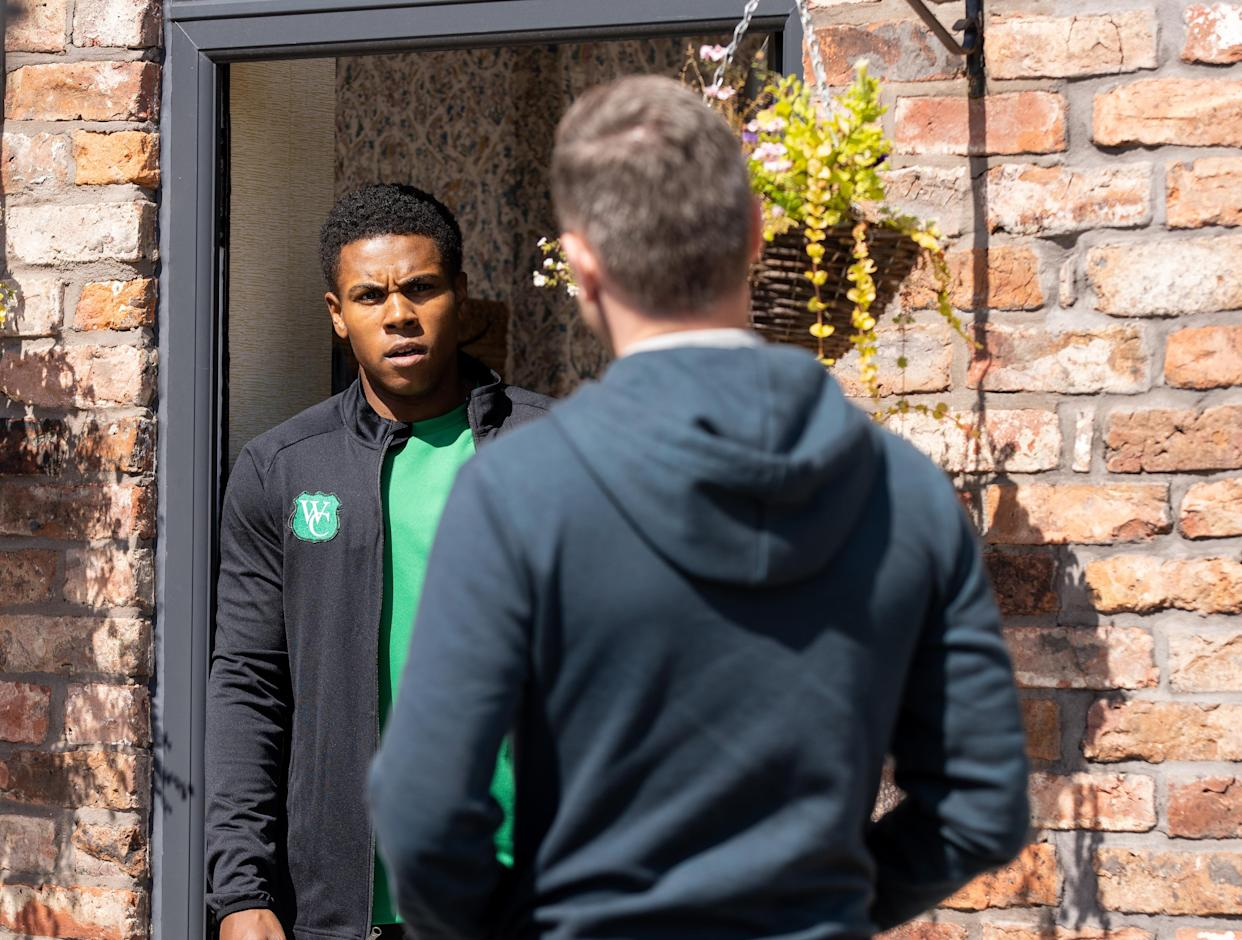 FROM ITV  STRICT EMBARGO - No Use Before Tuesday Tuesday 28th September 2021  Coronation Street - Ep 10447  Monday 4th October 2021 - 2nd Ep  PC Brody [DANIEL JILLINGS] calls at No.3 to apologise to James Bailey [NATHAN GRAHAM] in person. When he still insists he's not racist, James explains he made a judgement based on appearance and urges him to do better.   Picture contact David.crook@itv.com   Photographer - Danielle Baguley  This photograph is (C) ITV Plc and can only be reproduced for editorial purposes directly in connection with the programme or event mentioned above, or ITV plc. Once made available by ITV plc Picture Desk, this photograph can be reproduced once only up until the transmission [TX] date and no reproduction fee will be charged. Any subsequent usage may incur a fee. This photograph must not be manipulated [excluding basic cropping] in a manner which alters the visual appearance of the person photographed deemed detrimental or inappropriate by ITV plc Picture Desk. This photograph must not be syndicated to any other company, publication or website, or permanently archived, without the express written permission of ITV Picture Desk. Full Terms and conditions are available on  www.itv.com/presscentre/itvpictures/terms