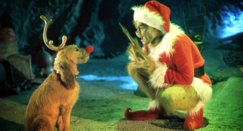 The Grinch talking to his pet dog in 'How The Grinch Stole Christmas'