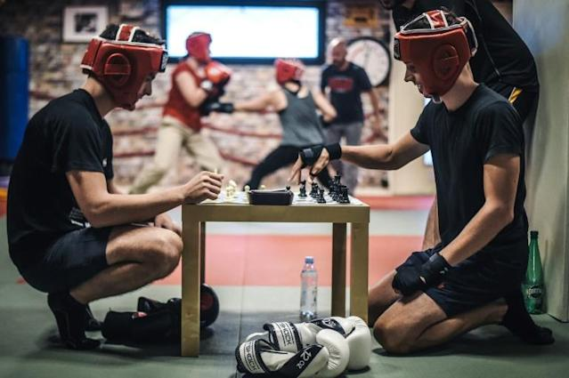 Chessboxers in training in Paris, converts to a sport born out of Enki Bilal's comic book 'Cold Equator' (AFP Photo/LUCAS BARIOULET)