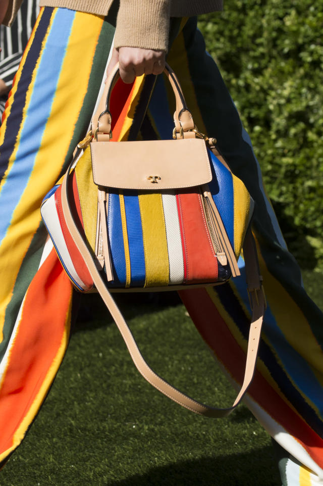 <p><i>Colorful striped handbag from the SS18 Tory Burch collection. (Photo: ImaxTree) </i></p>