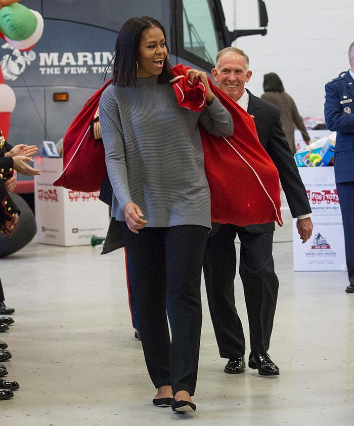 <p>22 times Michelle Obama was our style icon</p>