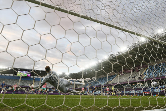 Chelsea's goalkeeper Ann-Katrin Berger fails to save the ball as Barcelona's Alexia Putellas scores her side's second goal from the penalty spot during the UEFA Women's Champions League final soccer match between Chelsea FC and FC Barcelona in Gothenburg, Sweden, Sunday, May 16, 2021. (AP Photo/Martin Meissner)