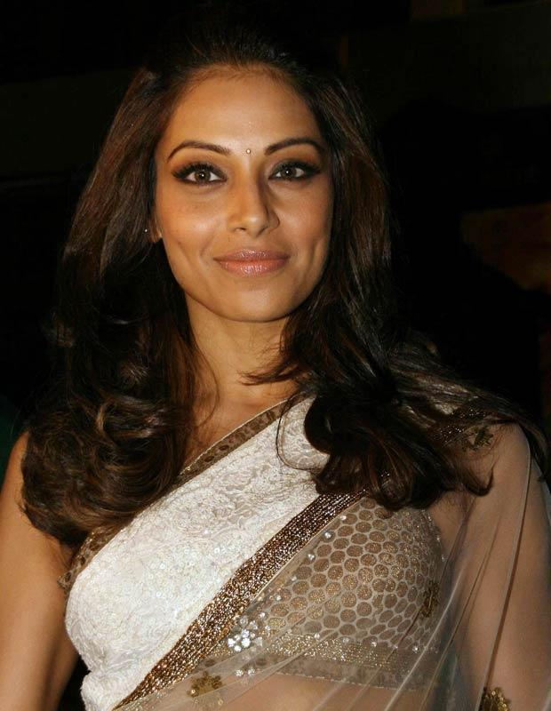 Bipasha maintains that she isn't dating Rana and they are just co-stars. However she hasn't been talking about her relationship status now.