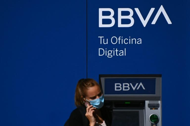 As elsewhere, Spaniards have less need for a physical bank branch to do business