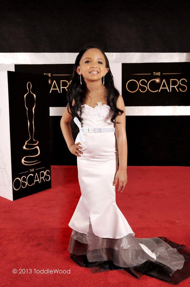 Toddler-sized Zoe Saldana