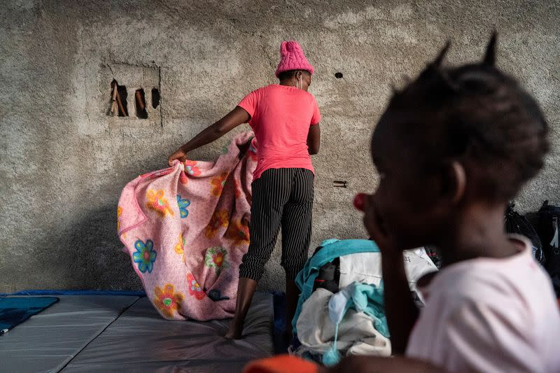 Asylum-seeking migrants in the U.S. return back to Mexican side of the border in Ciudad Acuna, Mexico