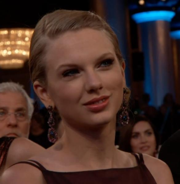 Death Stare! Taylor Swift 'Mean Face' As She Loses Golden Globe To Adele