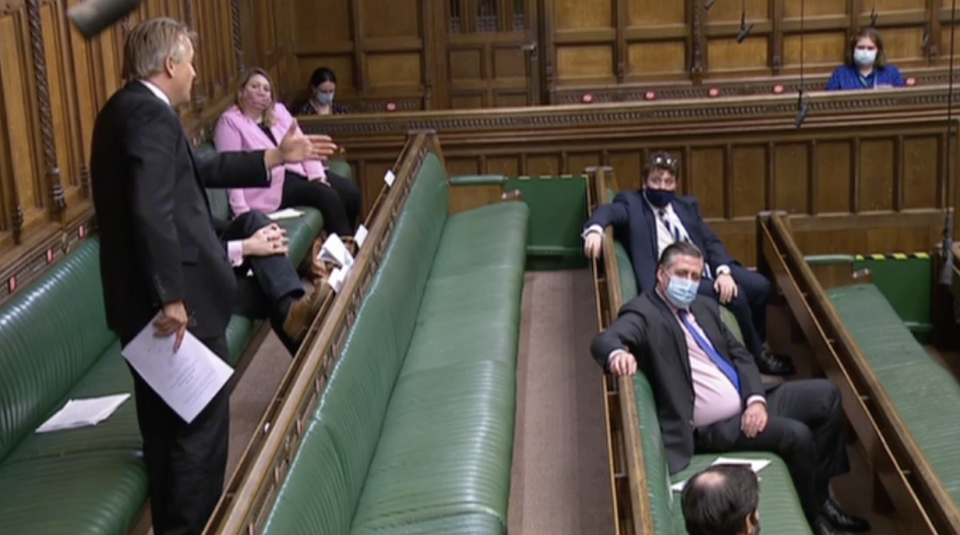 Tory MPs watch Sir Charles Walker during this speech in the House of Commons debate on Thursday. (Parliamentlive.tv)