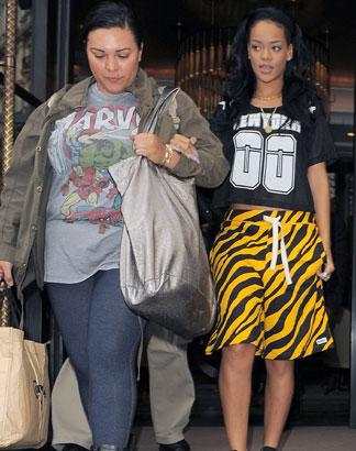 PHOTOS: Rihanna Heads To Hackney Weekend Rehearsals In London