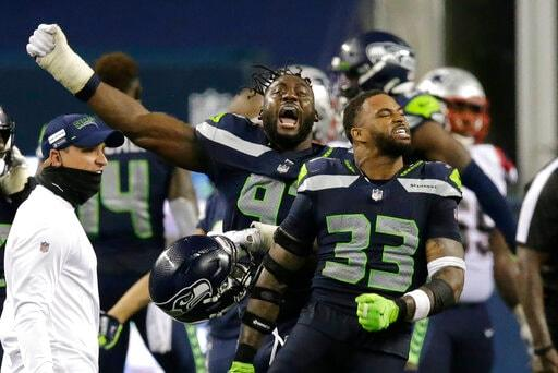 QBs, Offenses Take Spotlight As Cowboys Visit Seahawks