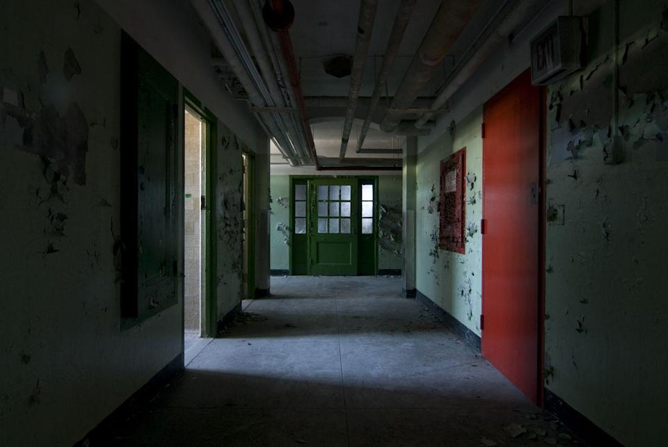 <p>Would you be brave enough to check out the empty halls of this abandoned hospital basement?</p>