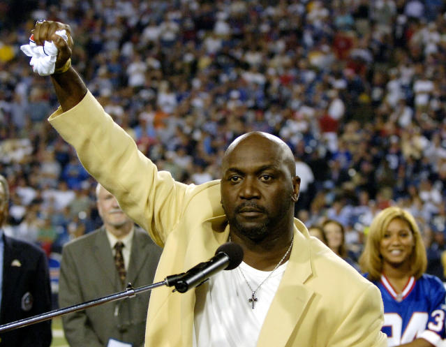 The Buffalo Bills announced on Wednesday that they're retiring running back Thurman Thomas' No. 34 in October. (AP)