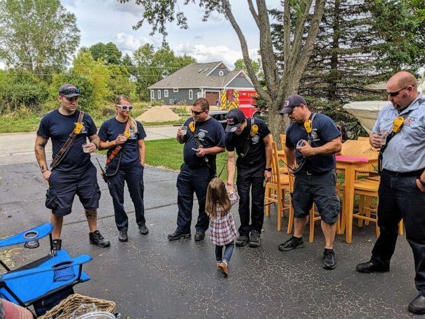 PHOTO: Lainie Stephens raised $754 by selling snacks and lemonade during her family's three-day-long garage sale to help the Germantown Police Department. (Molly Stephens)