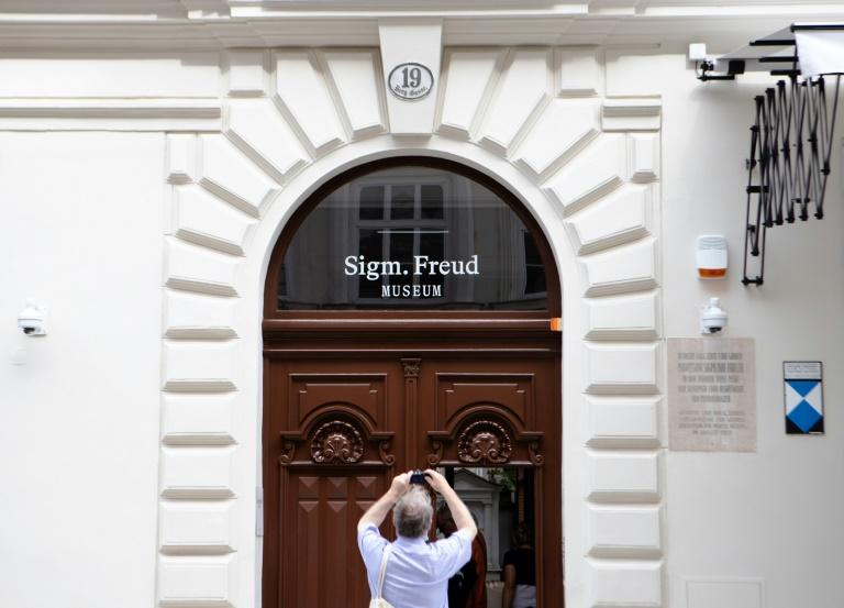 Freud's Vienna private rooms open, bereft of furniture