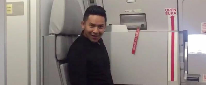"Flight Attendant Flawlessly Lip Syncs Britney Spears's ""Toxic"" on an Empty Plane"