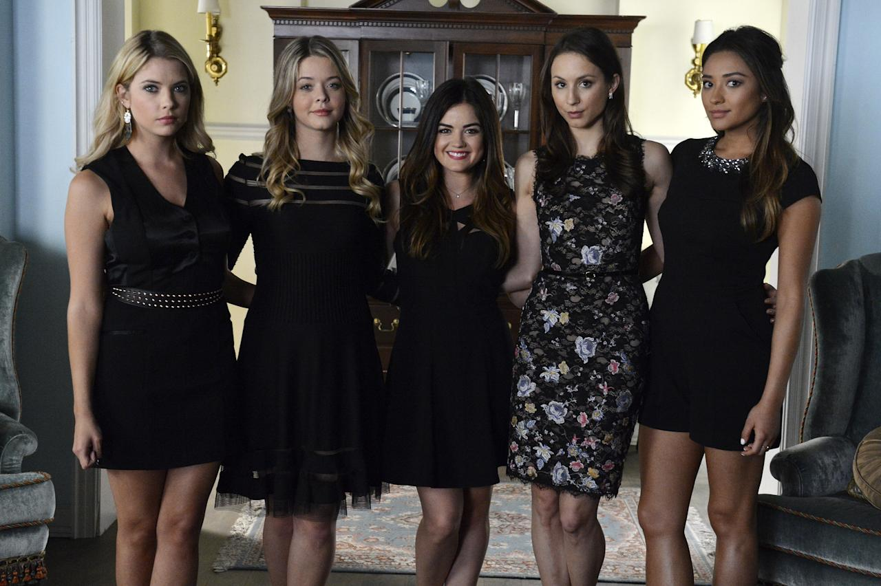 """<p>Considering it's been on the air for the better part of a decade, it's hard to imagine <a rel=""""nofollow"""" href=""""http://www.teenvogue.com/tag/pretty-little-liars?mbid=synd_yahooentertainment""""><em>Pretty Little Liars</em></a> without, well, the Liars. Fans have gotten so used to seeing those five girls on their televisions every Tuesday that it's understandable to think of them as friends rather than fictional characters. But the process of casting the iconic series was a multi-layered one, and many pieces had to come together to form the ensemble that we love so much. In fact, if the auditions had gone in a slightly different direction, we might have a completely new show on our hands. Here are all the ways that <em>PLL</em> could have deviated from the series we hold near and dear to our hearts.</p>"""