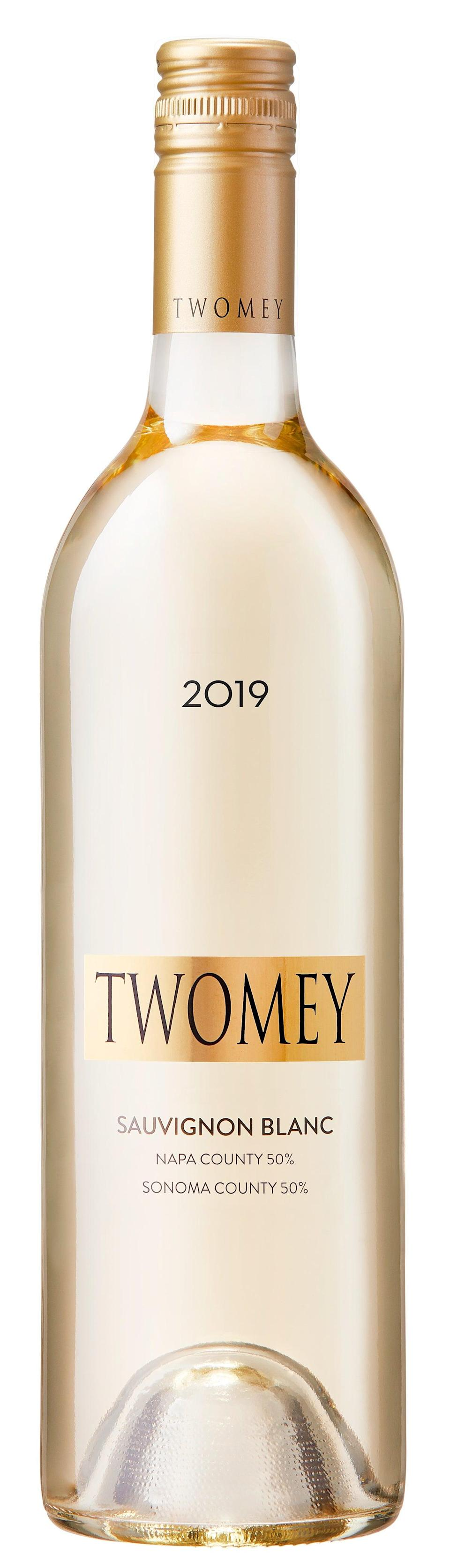 "Fot the one who enjoys a nice, crisp white. <br><br><strong>Twomey</strong> Twomey Cellars by Silver Oak Sauvignon Blanc 2019, $, available at <a href=""https://go.skimresources.com/?id=30283X879131&url=https%3A%2F%2Fwww.wine.com%2Fproduct%2Ftwomey-cellars-by-silver-oak-sauvignon-blanc-2019%2F621195"" rel=""nofollow noopener"" target=""_blank"" data-ylk=""slk:Wine.com"" class=""link rapid-noclick-resp"">Wine.com</a>"