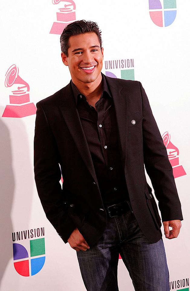 "Ricky had some competition in the hunk category last night. Former ""Saved by the Bell"" hottie Mario Lopez lights up the red carpet with his perfect smile. Unfortunately, Jessie Spano was unable to join A.C. Slater at the event. <a href=""http://www.infdaily.com"" target=""new"">INFDaily.com</a> - November 8, 2007"