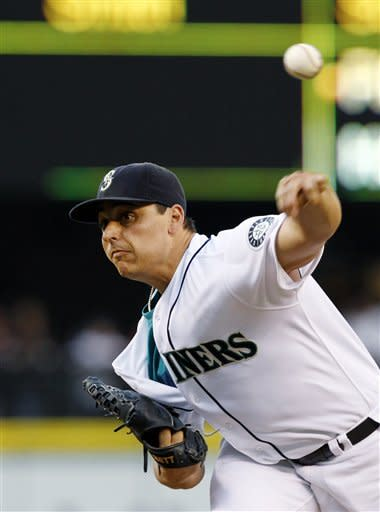 Vargas pitches Mariners over Royals, 4-1