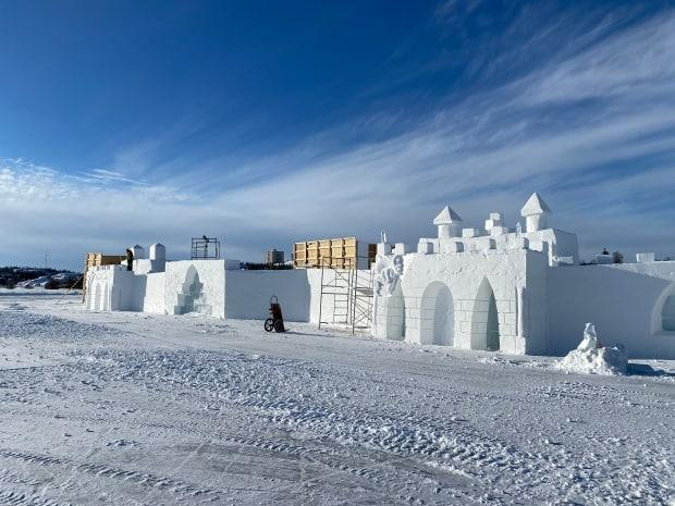 The snow castle, constructed each year on the ice over Great Slave Lake, is normally the venue for live music and comedy nights as part of the annual Snowking's Winter Festival.