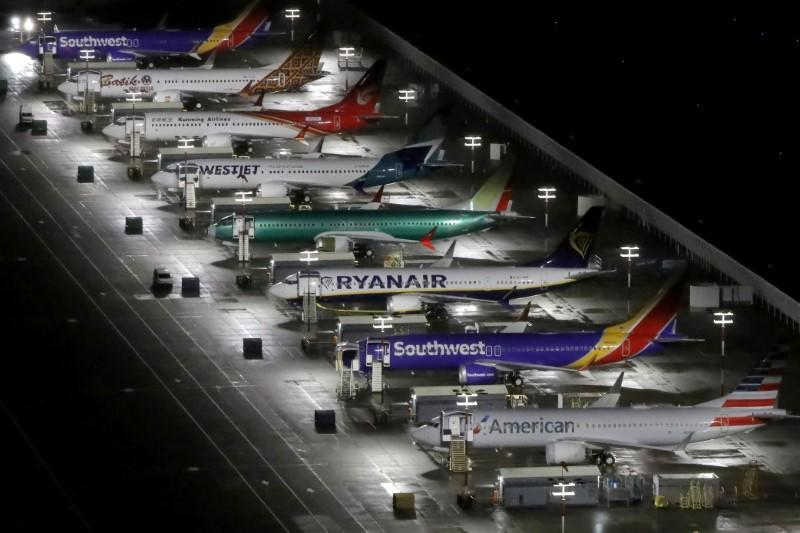 Boeing CEO expects to resume 737 MAX production before mid-year