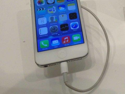 ios 7 iphone 5 for sale