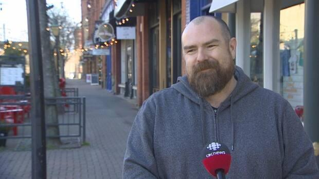 NDP of P.E.I. president Jason Alward says the mask mandate should be reinstated because of the new COVID-19 variants. (Kirk Pennell/CBC - image credit)