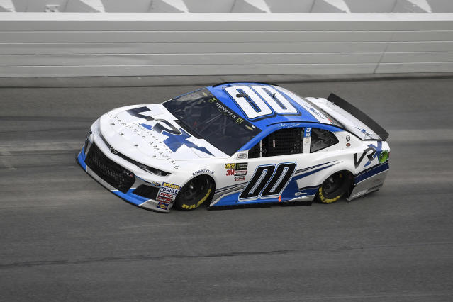"<a class=""link rapid-noclick-resp"" href=""/nascar/nationwide/drivers/1543"" data-ylk=""slk:Jeffrey Earnhardt"">Jeffrey Earnhardt</a> (00) makes his way through Turn 4 during qualifying for the Daytona 500 auto race at the Daytona International Speedway Sunday, Feb. 11, 2018, in Daytona Beach, Fla. (AP Photo/Phelan M. Ebenhack)"