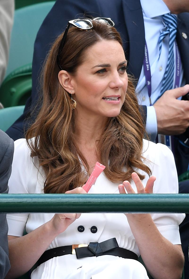LONDON, ENGLAND - JULY 02: Catherine, Duchess of Cambridge attends day two of the Wimbledon Tennis Championships at All England Lawn Tennis and Croquet Club on July 02, 2019 in London, England. (Photo by Karwai Tang/Getty Images)
