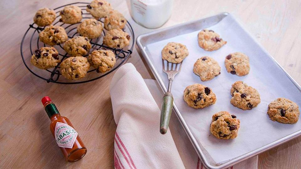 <p>Spicy ANZAC Biscuits</p>