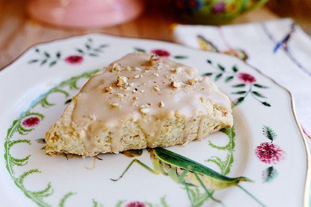 """<p>If Mom is a coffee lover like Ree, she'll loves these Starbucks-inspired scones. There's even actual coffee in the icing!</p><p><a href=""""https://www.thepioneerwoman.com/food-cooking/recipes/a11466/maple-oat-nut-scones/"""" rel=""""nofollow noopener"""" target=""""_blank"""" data-ylk=""""slk:Get the recipe."""" class=""""link rapid-noclick-resp""""><strong>Get the recipe.</strong></a></p><p><a class=""""link rapid-noclick-resp"""" href=""""https://go.redirectingat.com?id=74968X1596630&url=https%3A%2F%2Fwww.walmart.com%2Fbrowse%2Fhome%2Fbaking-pastry-tools%2Fthe-pioneer-woman%2F4044_623679_8455465_9246304%2FYnJhbmQ6VGhlIFBpb25lZXIgV29tYW4ie&sref=https%3A%2F%2Fwww.thepioneerwoman.com%2Ffood-cooking%2Frecipes%2Fg36145857%2Fbreakfast-in-bed-recipes%2F"""" rel=""""nofollow noopener"""" target=""""_blank"""" data-ylk=""""slk:SHOP BAKING TOOLS"""">SHOP BAKING TOOLS</a></p>"""
